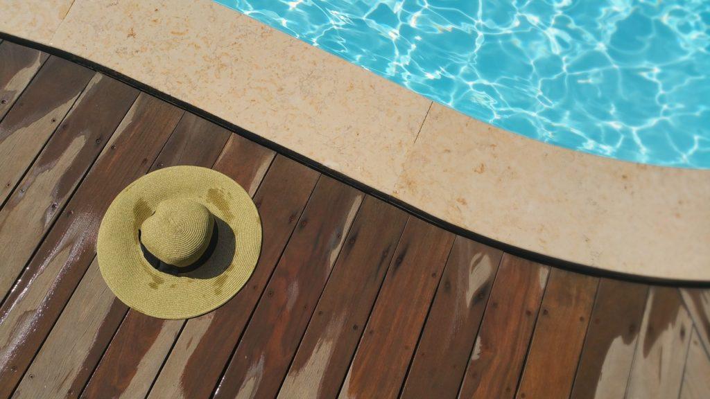 Pavimenti in legno per piscine. great pavimenti in legno per esterni